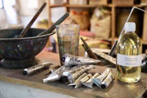 Tubes de peinture et préparation